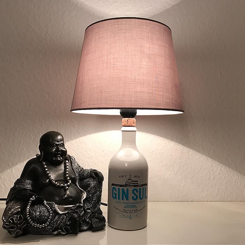 Designer Tisch Flaschenlampe aus einer GIN SUL Flasche Unikat